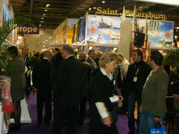 Travel Show 2009 - Many People Looking for Travel Destinations